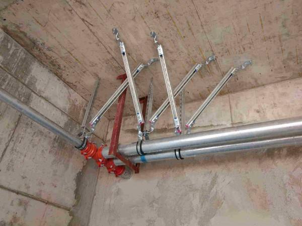我们常用的抗震支吊架有什么优势?安装时需要注意些什么?
